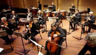 Pentas Musik Perkusi Kontemporer Asko Schönberg