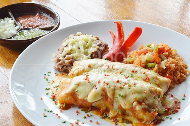 Amigos Bar & Cantina Kental Sajian Khas Meksiko