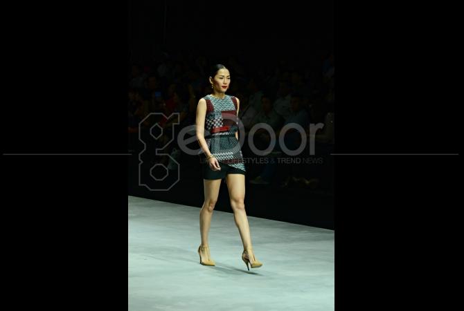 Busana casual koleksi terbaru Bateeq