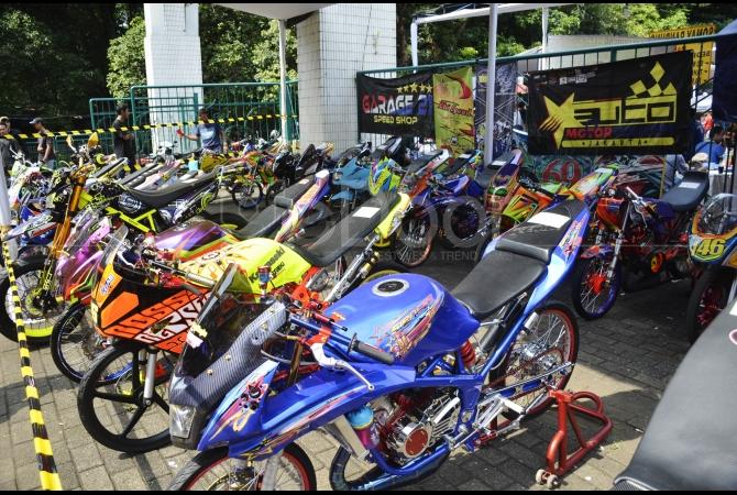 Berburu Sparepart Otomotif Di Pasar Jongkok Otomotif (PARJO)