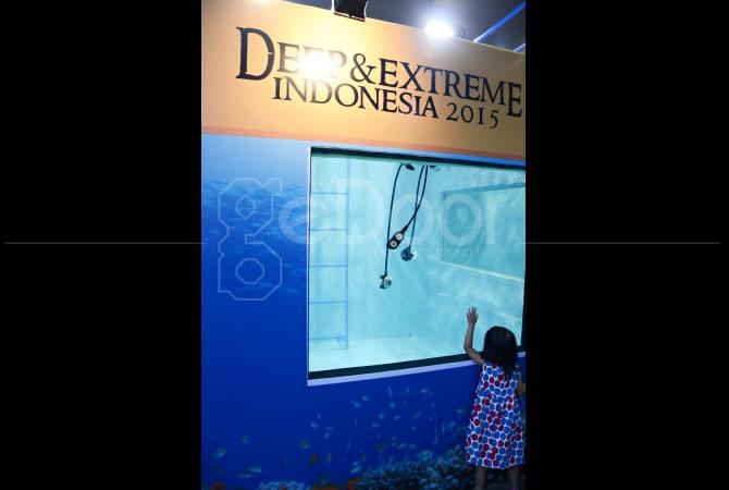 Salah satu alat untuk simulasi diving pun juga dipamerkan di Deep and Extreme Indonesia 2015