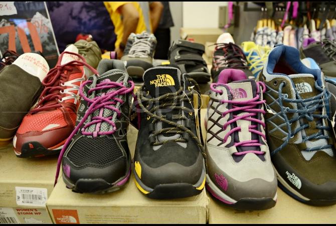 Salah satu produsen sepatu untuk outdoor adventure