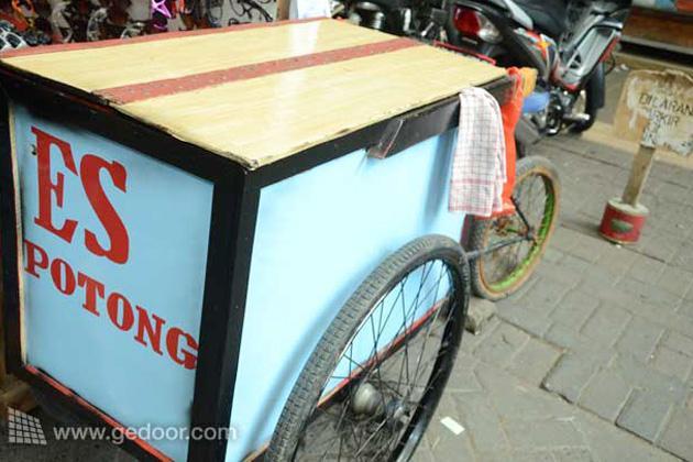 Es Potong