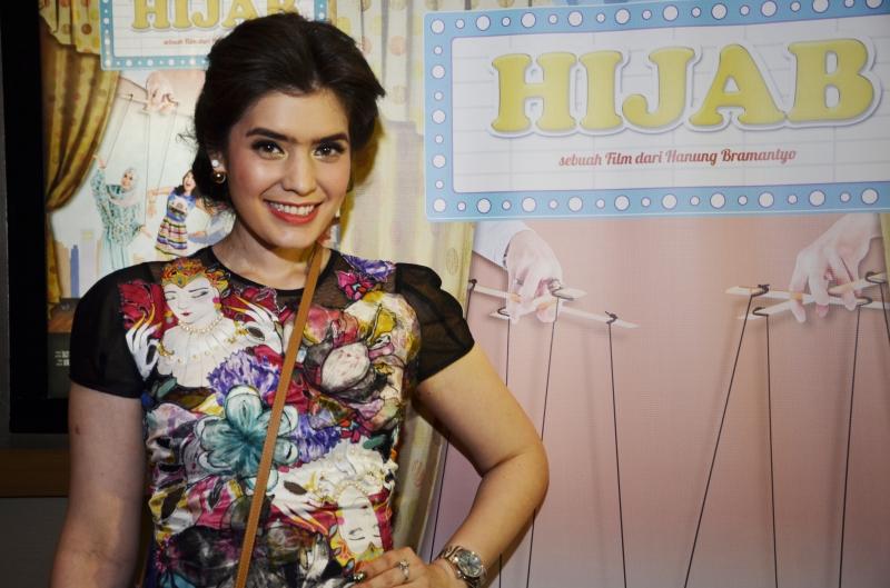 Carrisa Puteri Memerankan Salah Satu Karakter Dalam Film HIJAB