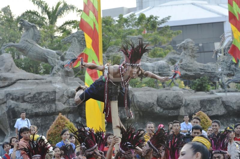 Parade Budaya Di Jakarta 2014