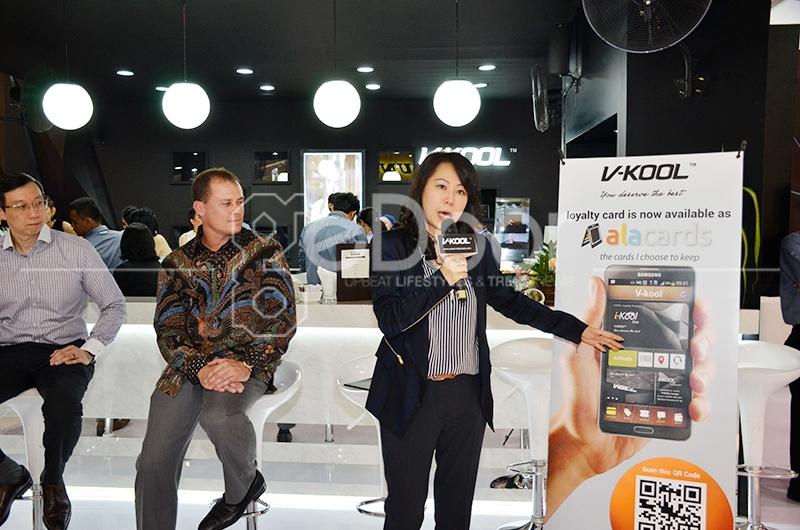 V-KOOL Lounge Di Ajang IIMS 2014