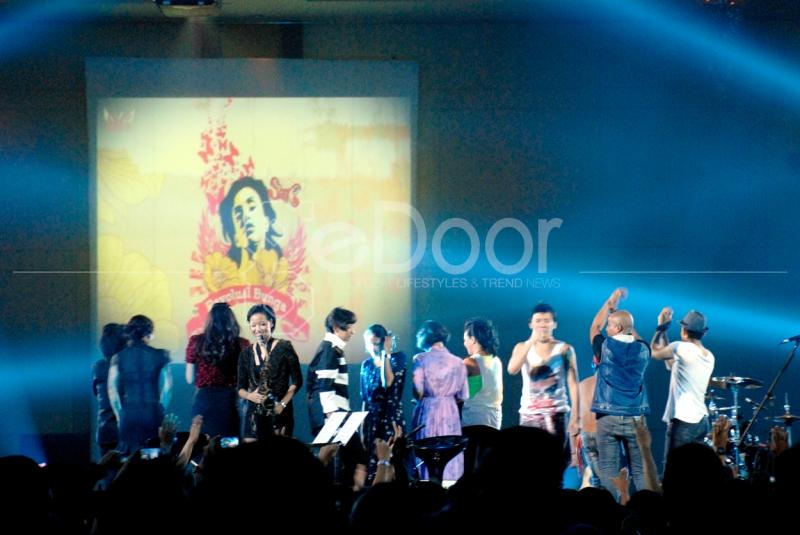 Konser Ini Didedikasikan Untuk Para Perempuan Indonesia