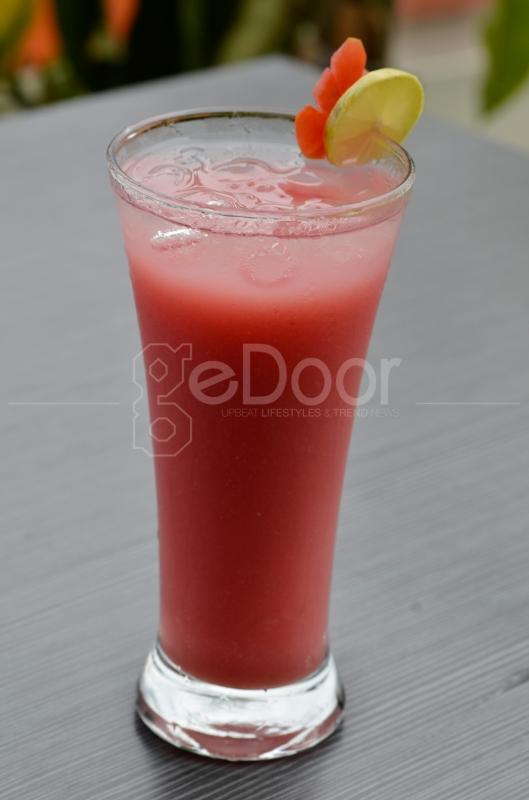 Bermacam Juice, Mocktail, Beer Dan Wine Dapat Menjadi Pilihan Teman Menu Santap Anda