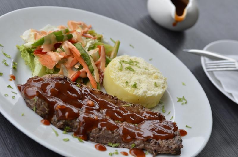 Wagyu Mb 6+ Merupakan Salah Satu Signature Steak Dari Lazy Cow