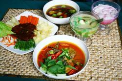 Masakan Rumah Bu Endang Tetap Bertahan Dengan Kuliner Jawa Tempo Dulu