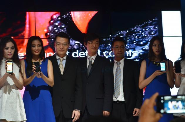 Onetouch Dari Alcatel Siap Ramaikan Pasar Smartphone Indonesia
