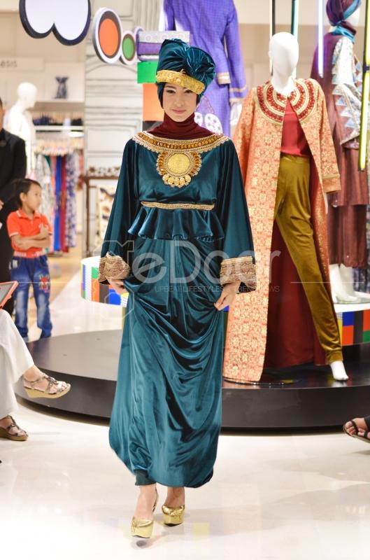 Fashion Show Ini bertema Miss Palembang