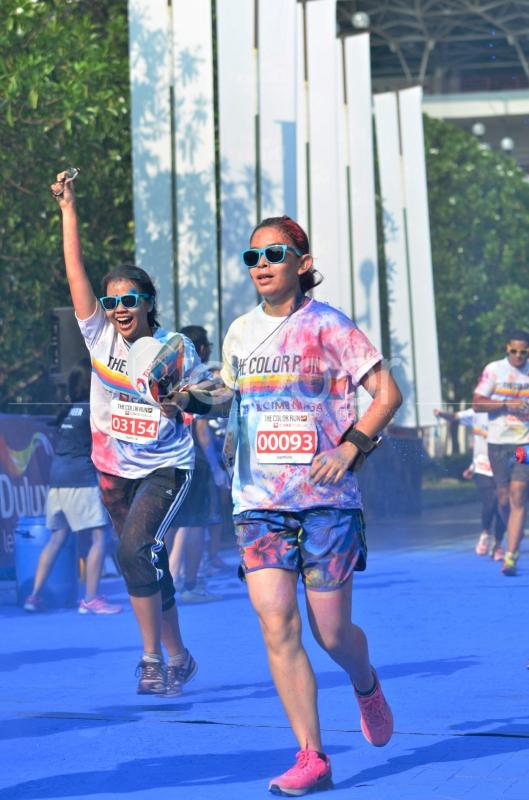 The Color Run Merupakan Sebuah Ajang Lari Santai 5 Kilometer (5K)