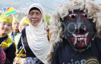 Kirab Budaya Dieng Culture Festival 2014