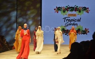 Tropical Garden, Kolaborasi Apik Luthy Dan Krisdayanti Di IFW 2016