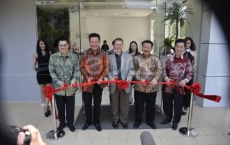 V-KOOL Buka Flagship Outlet Pertamanya Di Jakarta