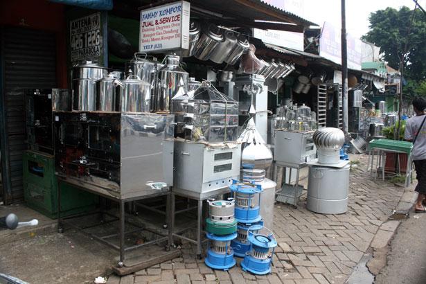Pasar Kompor Dan Panci Cawang