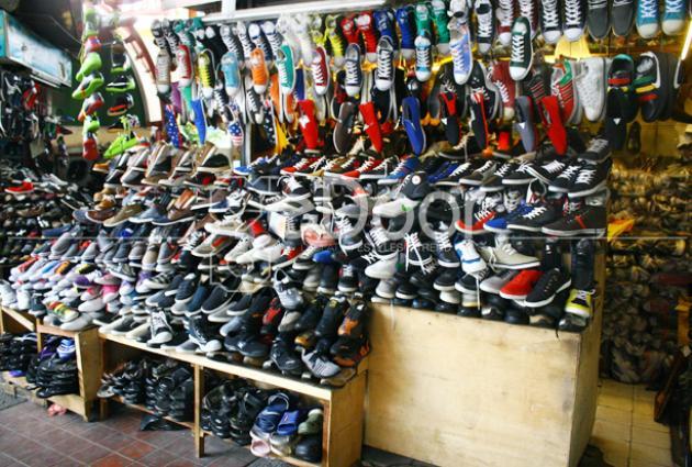 Ragam Sepatu Blok M Dari Eceran Hingga Online