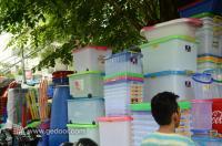 Perabotan Plastik Di Pasar Rawa Bening